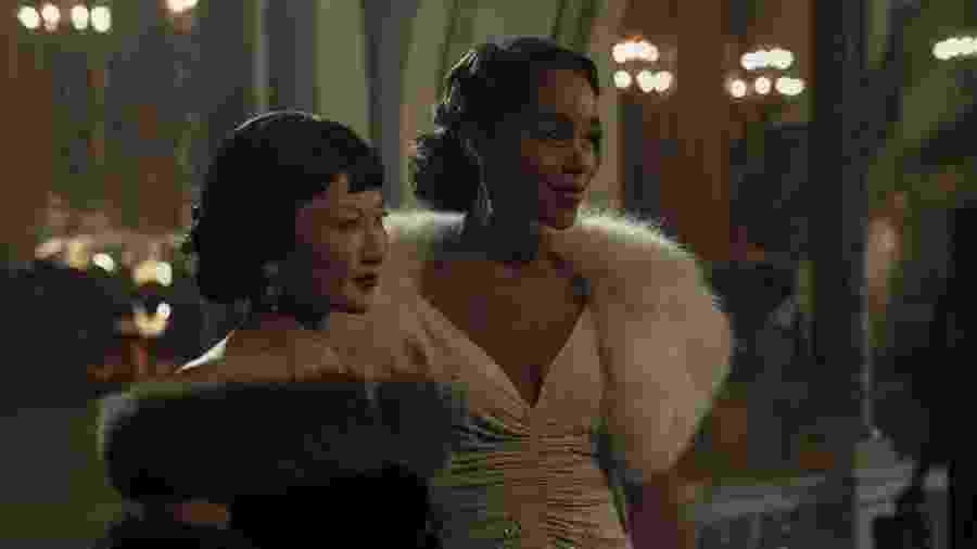 """Michelle Krusiec e Laura Harrier em """"Hollywood"""", minissérie da Netflix que mescla realidade e ficção - Divulgação"""