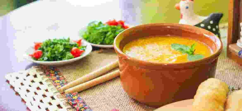 O Caldo de Pinto, de sabores e temperos fortes, tem conquistado a clientela na cidade de Cambuí, em Minas Gerais - Gorete Marques/UOL