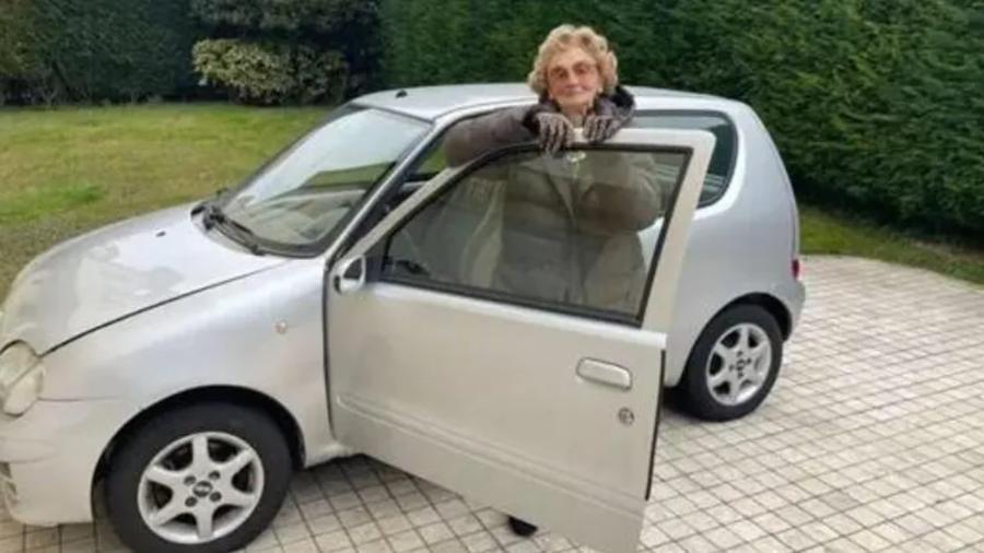 Idosa recebe seguro gratuíto na Itália - Reprodução