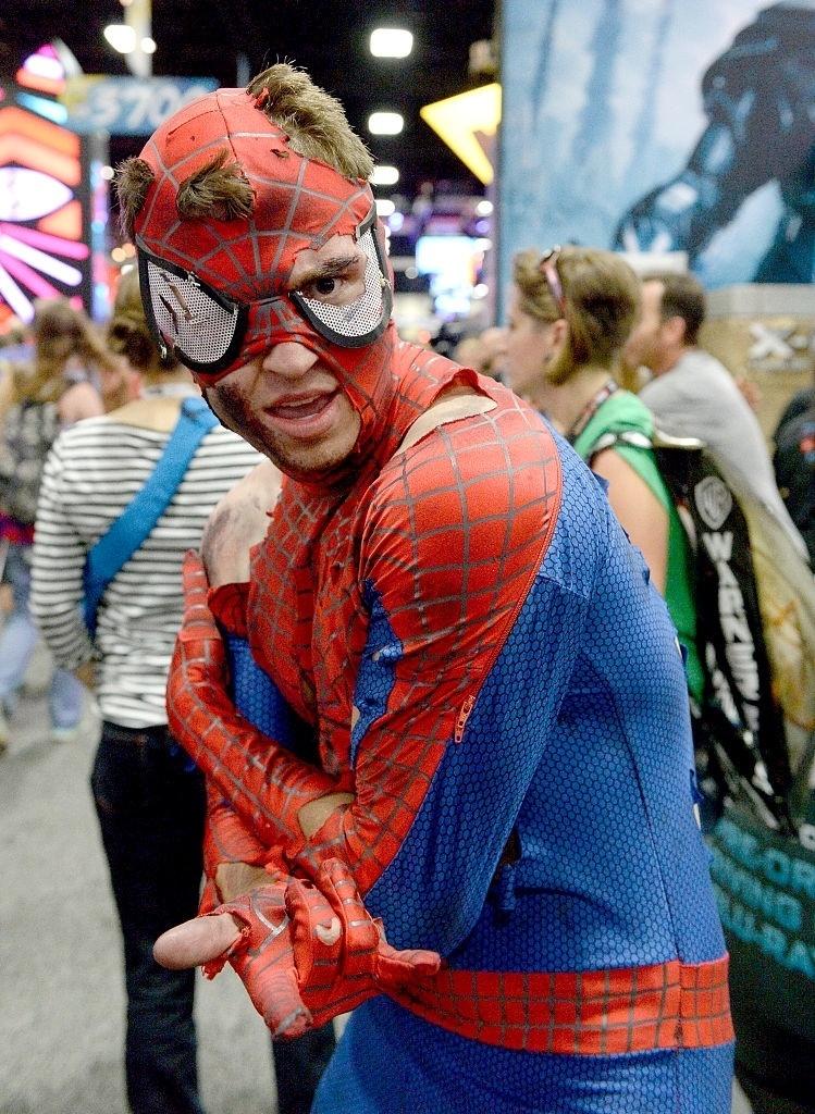 20.jul.2016 - Cosplayer de Homem-Aranha participa da San Diego Comic-Con 2016