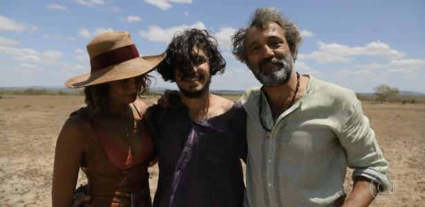 """Domingos Montagner em sua última gravação de """"Velho Chico"""" com Camila Pitanga e Gabriel Leone - Reprodução/TV Globo"""