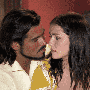 """Deborah Secco e Maurício Mattar formavam o casal principal da novela """"A Padroeira"""" - Divulgação/Tv Globo/Cristiana Isidoro"""