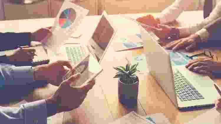 Reunião, escritório, funcionários - iStock - iStock