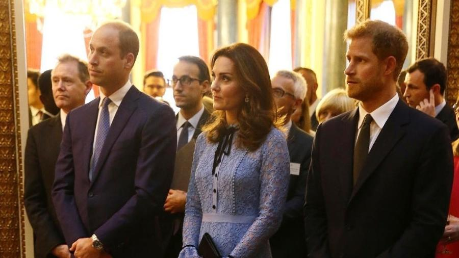 Kate Middleton participa de evento ao lado do príncipe William e do cunhado, o príncipe Harry (à dir.) - Reprodução/Instagram/kensingtonroyal