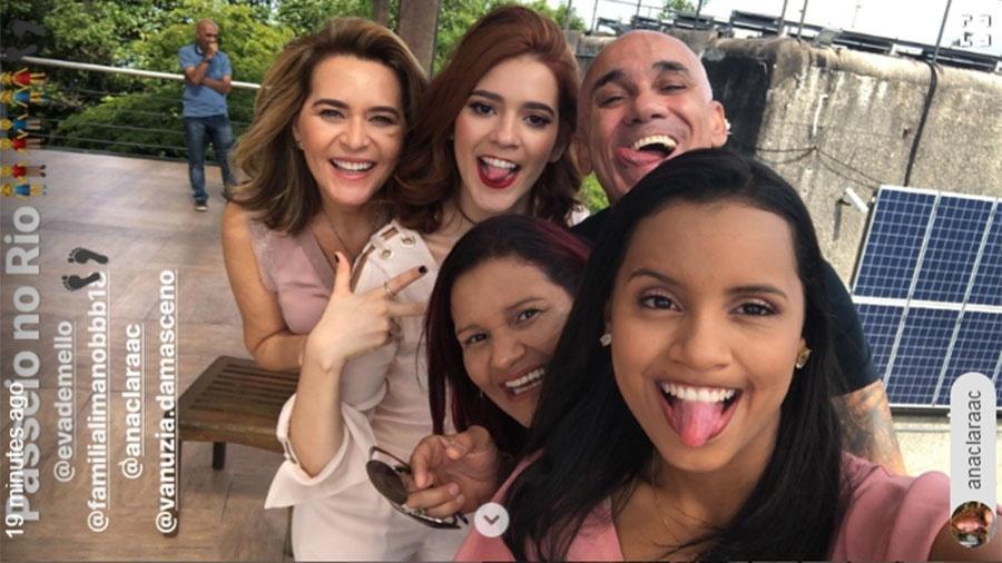 Eva, Ana Clara, Ayrton, Vanuzia e Gleici se divertem em passeio no bondinho do Pão de Açúcar, no Rio - Reprodução/Instagram