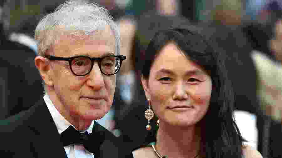 11.mai.2016 - Diretor de cinema Woody Allen e sua esposa Soon-Yi Previn - ALBERTO PIZZOLI/AFP