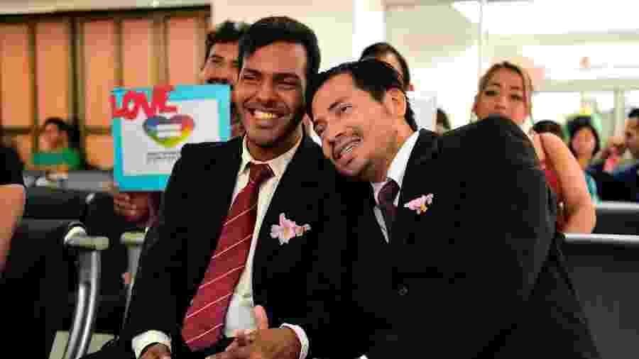 Giovanni Vareles e Borys Alvarez se casam no Equador - AFP