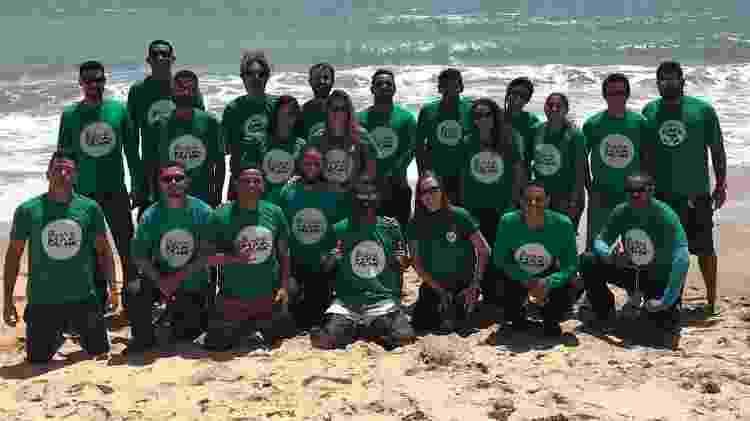 Voluntários do Instituto Biota de Conservação que atuam na reabilitação e soltura de animais - Instituto Biota de Conservação