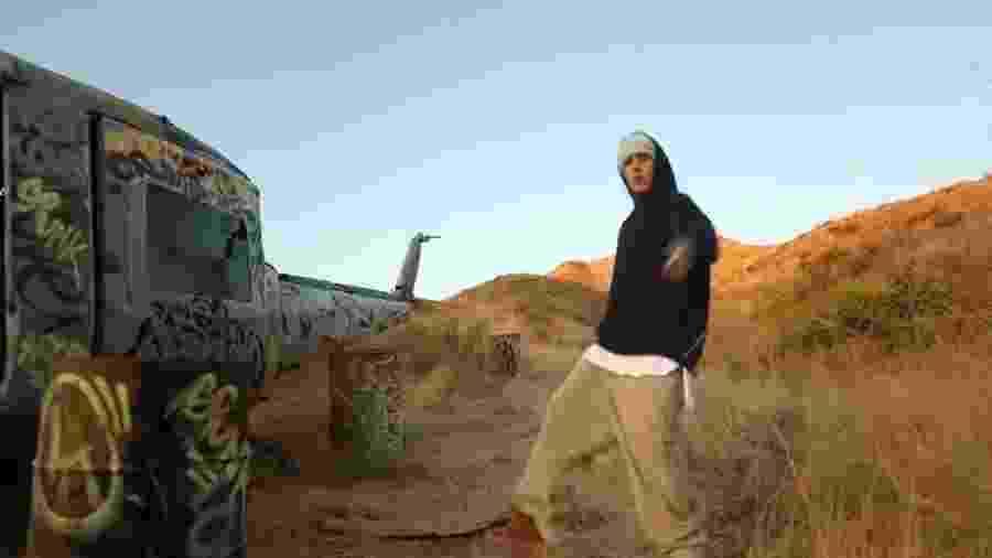 Justin Bieber em anúncio de seu novo álbum - Reprodução/YouTube