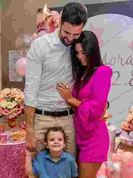 Ex-BBB Ivy reata casamento com Rogério Fernandes - Divulgação