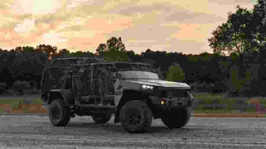 Veículo feito pela GM para esquadrão de infantaria do exército dos EUA - Justin Cesler