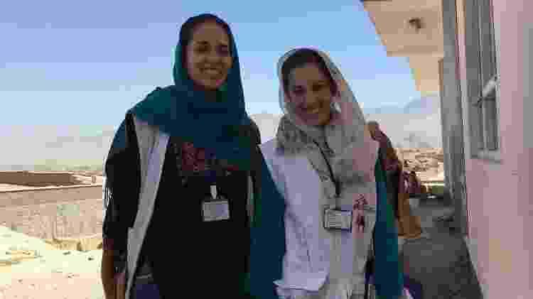 Com a colega Andreza, obstetriz brasileira que era parte da mesma missão em Cabul - Acervo Pessoal
