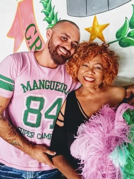 Leandro Vieira, carnavalesco da Mangueira, e Alcione - Facebook/Reprodução