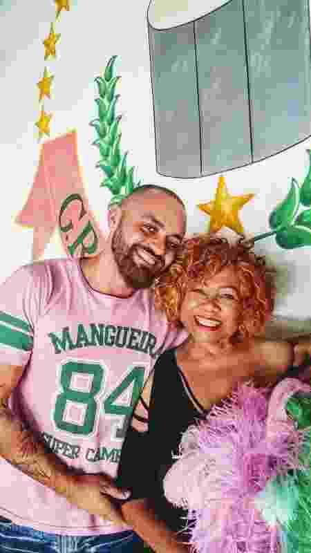 Leandro Vieira, carnavalesco da Mangueira, e Alcione - Facebook/Reprodução - Facebook/Reprodução