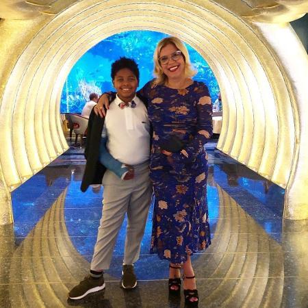 Astrid e seu filho adotivo Gabriel - Reprodução/Instagram