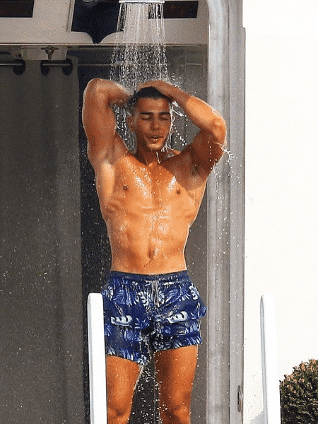 Modelo Younes Bendjima foi flagrado com Bruna Marquezine - Reprodução/Instagram