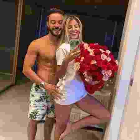 Hariany e o namorado se conheceram pelo Instagram - Reprodução/Instagram
