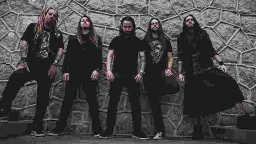 Project 46 é Baffo Neto (baixo), Jean Patton (guitarra), Caio MacBessera (vocal), Betto Cardoso (bateria) e Vini Castellari (guitarra) - Luringa/Divulgação