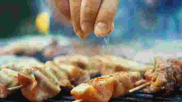 A carne de frango não é tão fácil de ser substituída, mas existem opções - Getty Images - Getty Images