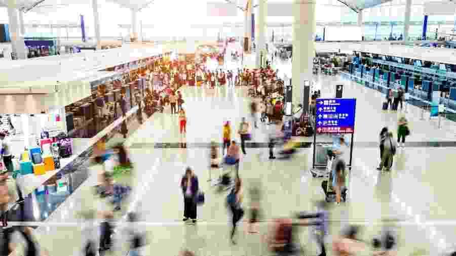 """Agora, os estrangeiros com permissão de residência ainda válida """"relacionado com uma atividade profissional"""" podem retornar à China - Getty Images"""