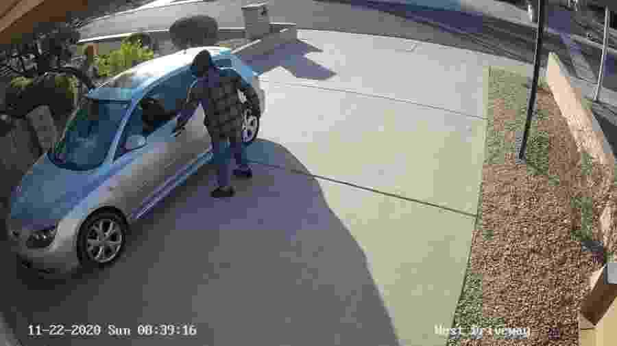 Ladrão rouba carros de família 2 - Divulgação