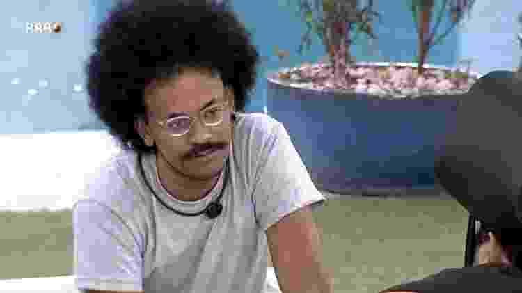 BBB 21: João diz que vota em Pocah por afastamento na casa - Reprodução/Globoplay - Reprodução/Globoplay