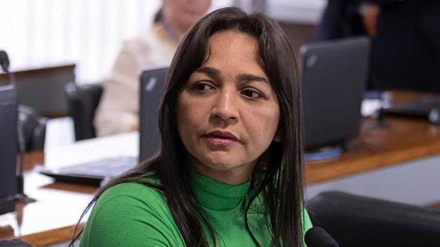Parlamentar mencionou a possibilidade de retenção do passaporte do empresário quando ele retornar ao Brasil - Reprodução