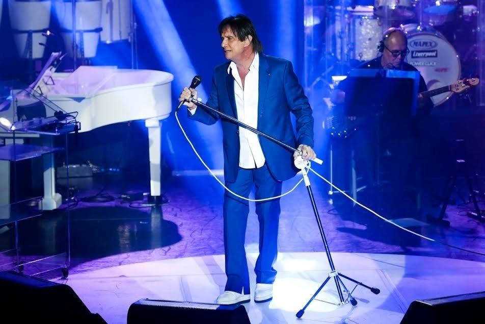 20.jan.2015 - Na noite desta quinta-feira, Roberto Carlos realizou sua primeira apresentação na 12ª edição do projeto