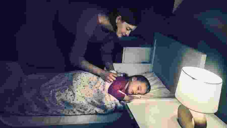 A mudança do berço para a cama precisa ser gradual e respeitando as necessidades da criança - Getty Images