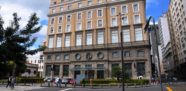 Fachada do CCBB Rio, com a Casa França-Brasil e prédio do Centro Cultural Correios à esquerda - Alexandre Macieira/Riotur