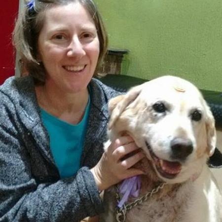 Verônica e a cachorra, Bella - Arquivo pessoal