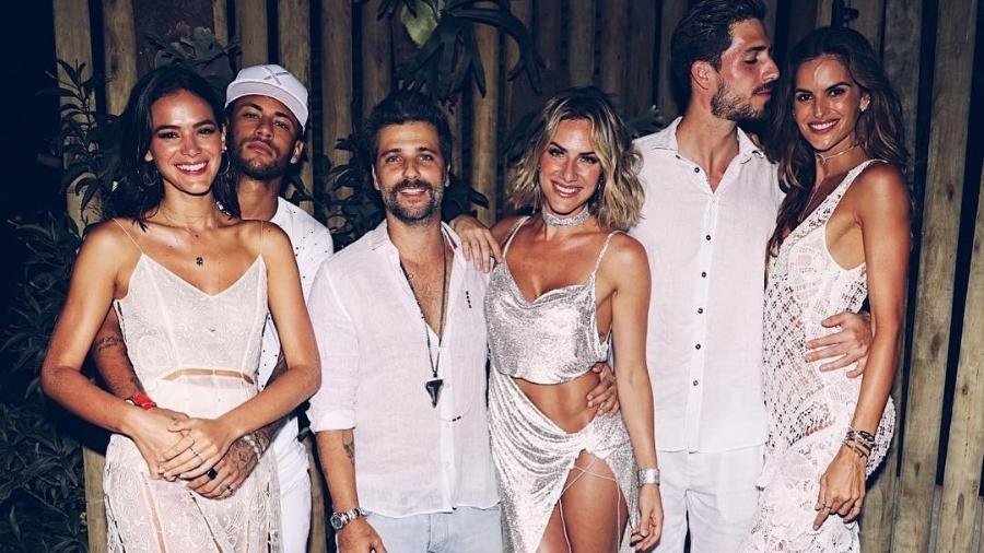 Neymar, Marquezine, Gagliasso, Ewbank, Trapp e Izabel Goulart - Reprodução/Instagram