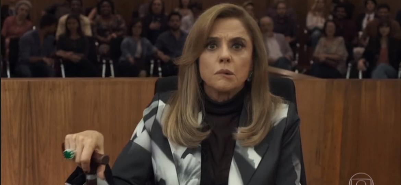 Sophia leva susto ao ver Mariano vivo - Reprodução/TV Globo