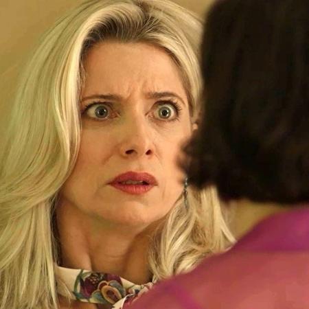 Marilda (Letícia Spiller) é chantageada pela irmã Valentina (Lília Cabral) - Reprodução/Globo