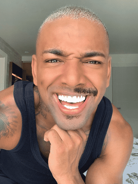"""Nego do Borel aparece de """"meio bigode"""" - Reprodução/Instagram"""