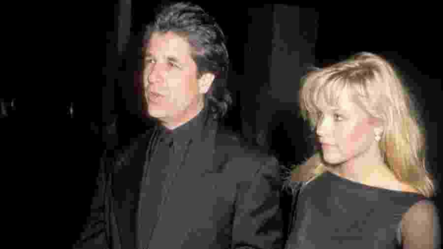 Jon Peters e Pamela Anderson durante o seu primeiro namoro, nos anos 1980 - Ron Galella Collection via Getty