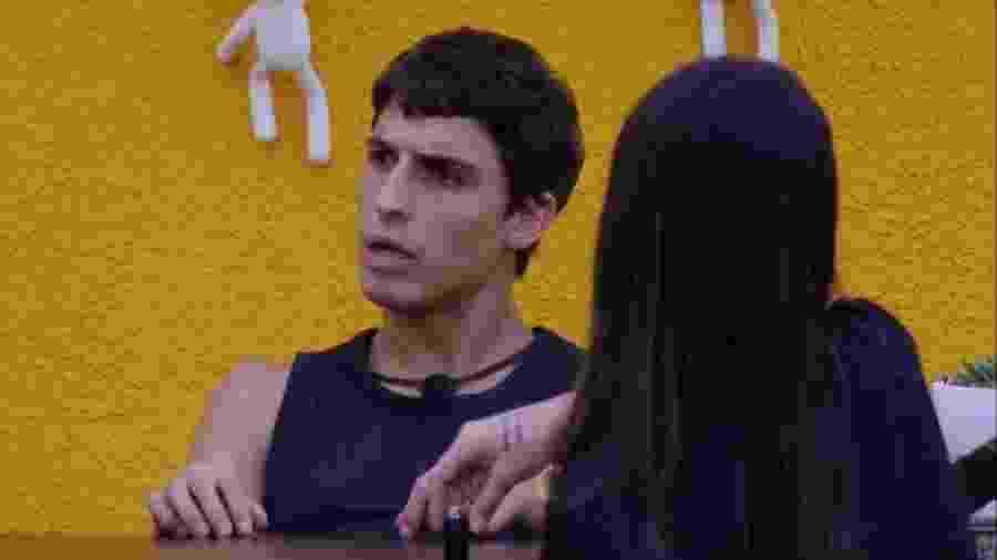 BBB 20 - Felipe conversa com sisters - Reprodução/Globoplay