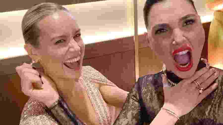 Brie Larson e Gal Gadot na cerimônia do Oscar - Reprodução/Instagram