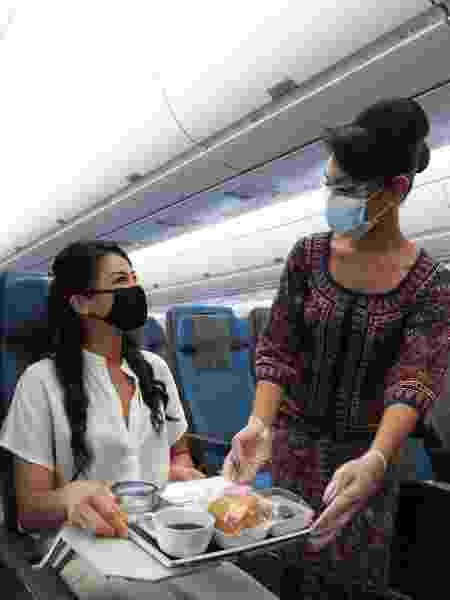 Serviço de bordo da Singapore Airlines na pandemia - Divulgação - Divulgação