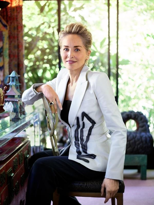 Sharon Stone posa para a Town & Country
