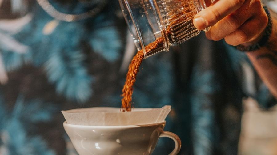 Na comparação com a safra passada, a produção total de café deverá recuar 24,3%, acrescentou o IBGE - Getty Images/iStockphoto