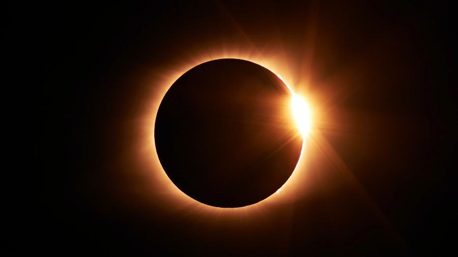 Eclipse solar em Gêmeos pede mais ação e cuidado com situações ilusórias - Jongsun Lee