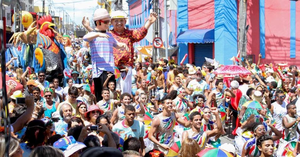 6.fev.2016 - Desfile do bloco Galo da Madrugada, grande atração do Carnaval do Recife (PE)