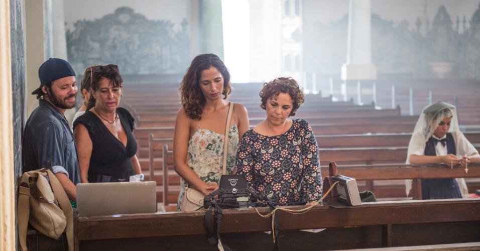 Camila Pitanga acompanha de perto gravações de cenas da primeira fase de