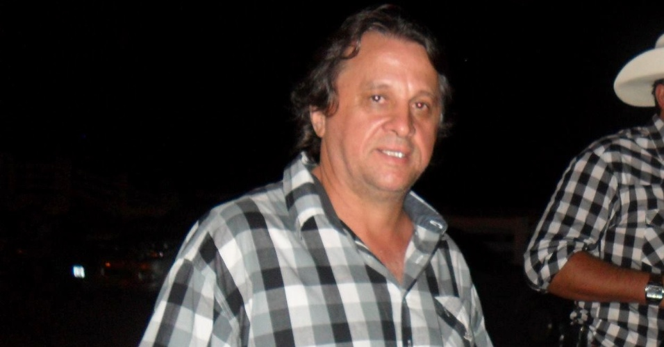 """Roberto Bettini, o Dengue do """"Xou da Xuxa"""", mora há 16 anos em Cerejeiras, Rondônia, com a mulher e os filhos"""