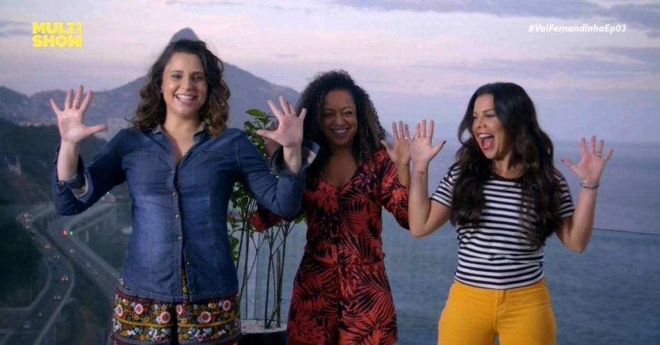 Francis Helena, Aretha Oliveira e Fernanda Souza dançam