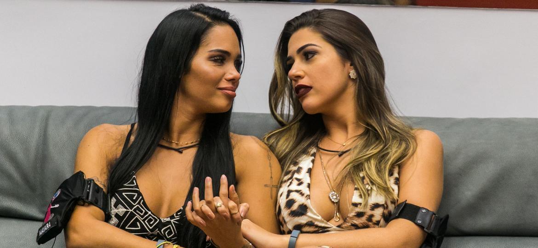 Maynaja e Vivíbora, digo, Mayara e Vivian são exemplos de tudo o que não se deve fazer em um reality show - Paulo Belote/Divulgação/TV Globo
