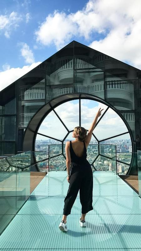 """Isabella Santoni no hotel do filme """"Se Beber Não Case 2"""" - Reprodução/Instagram"""