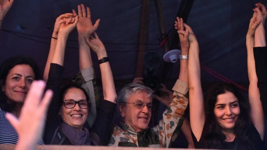 Caetano e artistas realizam ato em ocupação em São Bernardo (SP) em outubro; cantor teve show proibido pela Justiça - Nelson Almeida/AFP Photo