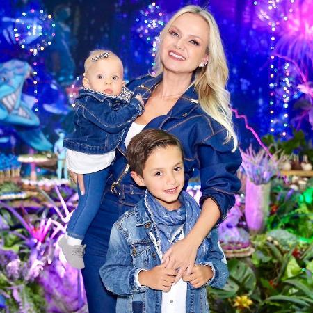 Eliana com Arthur e Manuela - Manuela Scarpa/Brazil News